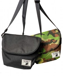 Field Shoulder BAG