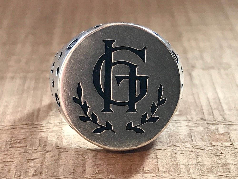 GLAD HAND & Co. - GH Ring FAMILY CREST